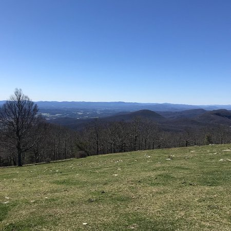 Hendersonville, NC: Bearwallow Mountain