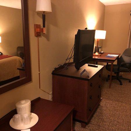 Comfort Inn: photo1.jpg