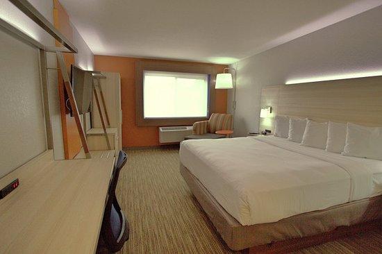 holiday inn express sedona oak creek updated 2018. Black Bedroom Furniture Sets. Home Design Ideas