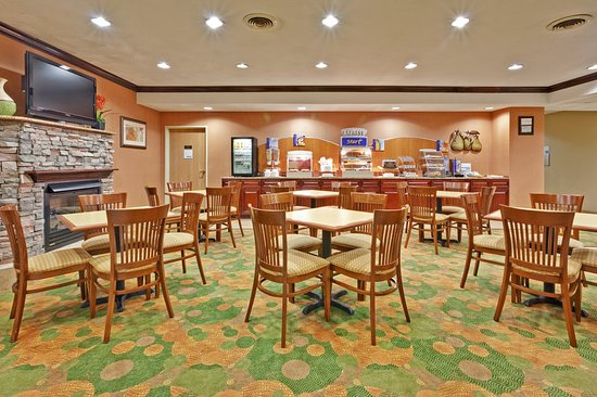 Restaurant Picture Of Holiday Inn Express Winfield Teays Valley Hurricane Tripadvisor
