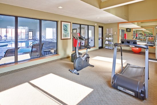 Hurricane, Virginia Occidental: Health club