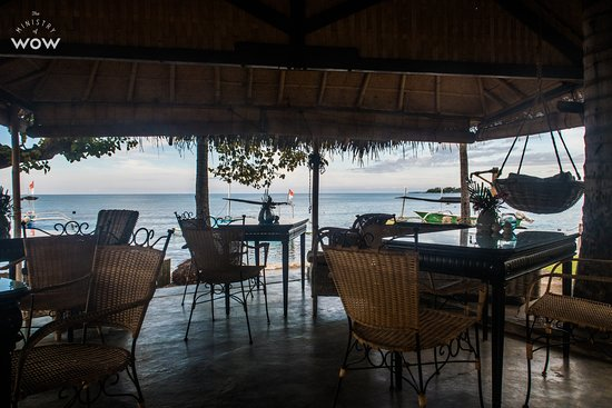 Lilin Lovina Beach Hotel : Great dining area. Also doubled as our office for a few days.