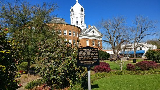 Old Monroe County Courthouse and Heritage Museum