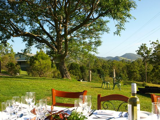 Amamoor, Australia: Al fresco dining space