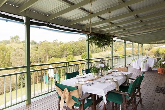 Amamoor, Australien: Dining on the verandah
