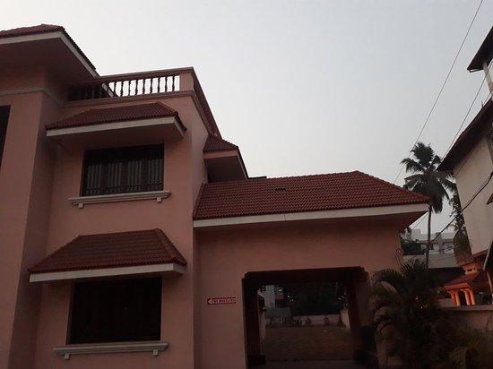 Kayees Rahmathullah Hotel Restaurant: 20180306_062421_large.jpg