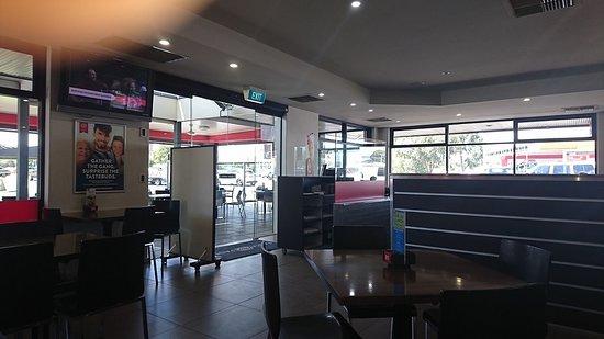 Gilles Plains, Australien: Spojrzenie na wnętrze lokalu...