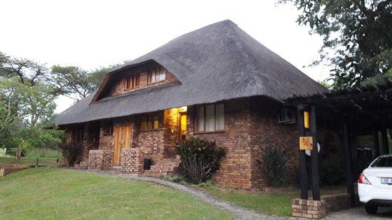 Kruger Park Lodge: vue de la maison
