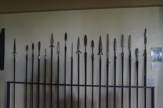 Banaue, Philippines: Spear collection