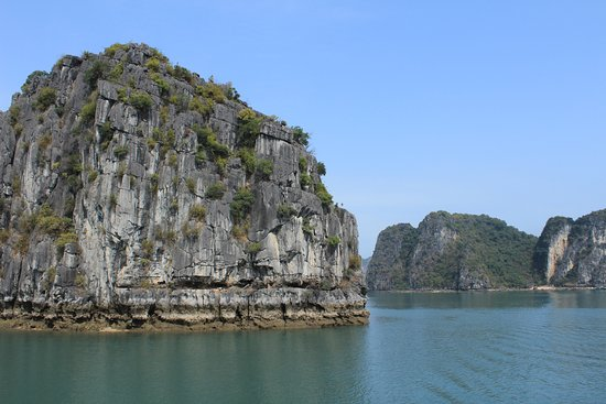 Starlight Cruise Halong Bay - Day Tour: Day 2 - quiet and beautiful without the masses