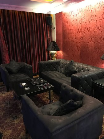 ABC Hotel: Nice Sofas
