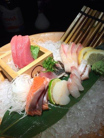 Sake Restaurant & Bar: Sashimi platter