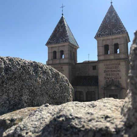 Toledo, España: Ruta por la catedral y por el interior de la puerta de bisagra. Un día completo y estupendo.