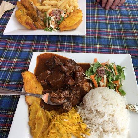 La Digue Island Food Guide: 10 Must-Eat Restaurants & Street Food Stalls in La Digue Island