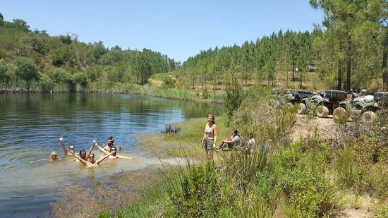 Sao Bartolomeu de Messines, Portugal: Park up your quad and dive in for a swim in the lagoon (3 hour tour)