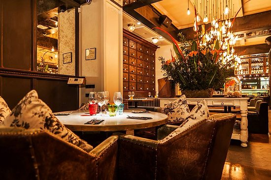 pepito restaurante barcelone la dreta de l 39 eixample restaurant avis num ro de t l phone. Black Bedroom Furniture Sets. Home Design Ideas