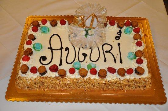 Piscina, Ιταλία: La torta fresca e buonissima