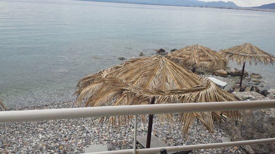 Messinian Bay Hotel: Nice beach with clear sea
