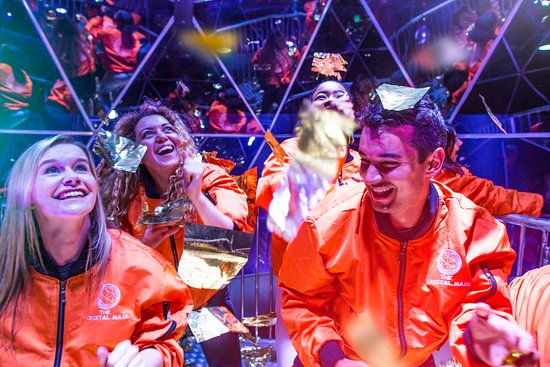 The Crystal Maze LIVE Experience London: Take on the final challenge - The Crystal Dome!