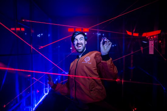 The Crystal Maze LIVE Experience London: Can you battle our iconic Laser challenge?