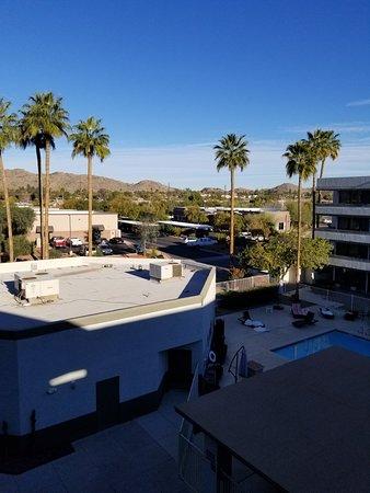 Quality Inn Phoenix Airport: 20180305_081906_large.jpg