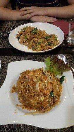 Little Bangkok: Dos platos que no estaban en el menú.
