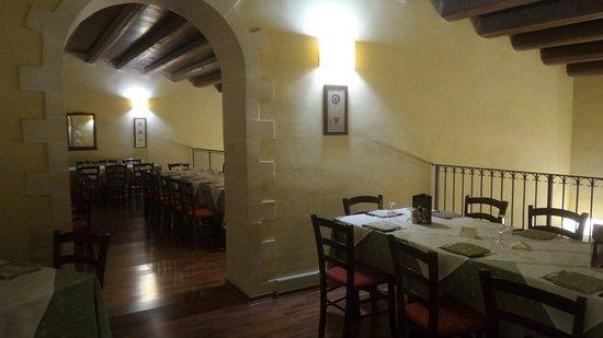 Solarino, Italy: 20180303_200235_large.jpg