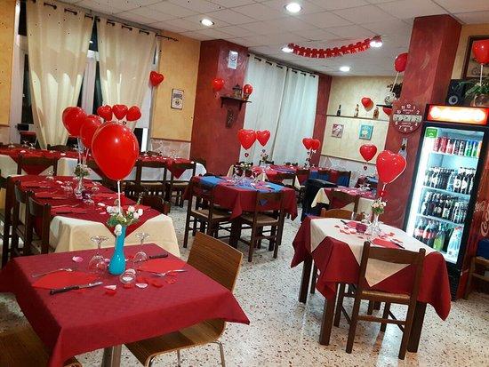 Сан-Джованни-ла-Пунта, Италия: Pizzeria Al lupo nero