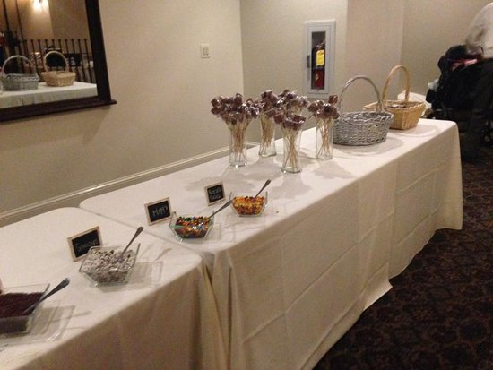 Awesome Wedding Dessert Buffet With Ice Cream Sundaes And Homemade Home Interior And Landscaping Ologienasavecom