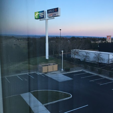 Holiday Inn Express Red Bluff - South Redding Area: photo0.jpg