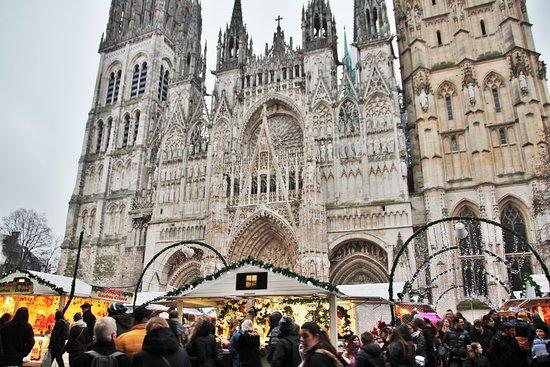 Cathedrale Notre-Dame de Rouen: marché de Noël, cathédrale Notre-Dame de Rouen