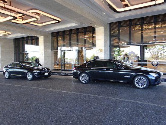 Wedding Car Hire Picture Of Vip Charter Chauffeur Service Perth