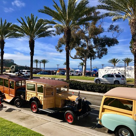 Dana Point, CA: DANA STAND BEACH, CA! 47th Annual DanaPt. Festival of 🐳WhalesParade🎉@PCH&Selva!