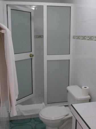 Cuarto de baño - Bild von Hostal Alicia, Moron - TripAdvisor