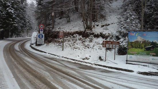 Primiero San Martino di Castrozza, إيطاليا: Imbocco strada per Cant del Gal 