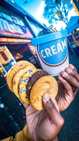 Lakewood, CO: Fresh Baked Cookies and Ice Cream Pint