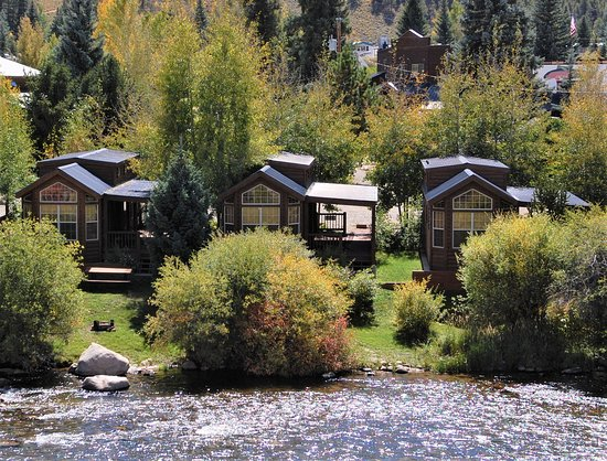 Three Rivers Resort: Cabins on Taylor River