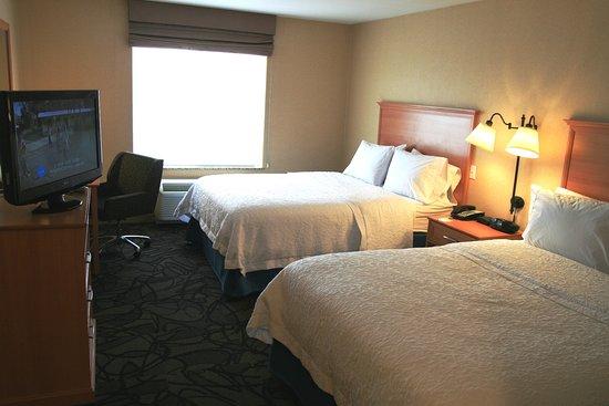 Lathrop, Καλιφόρνια: Two Queen Beds