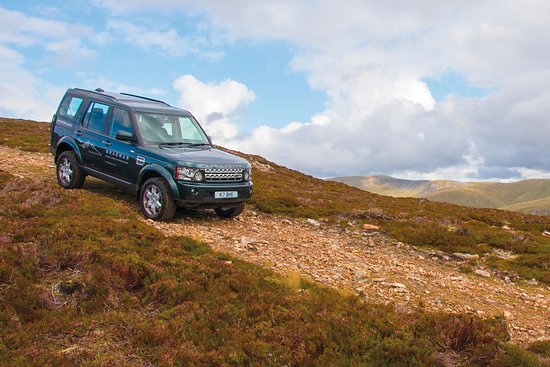 Braemar, UK: Off-road at Glenshee