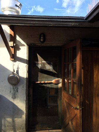 Albany, CA: Back entrance to restaurant; interesting door