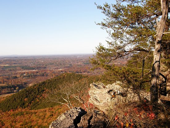 Crowders Mountain State Park : Grand views of the Carolina Piedmont lie in all directions atop Crowders Mountain.