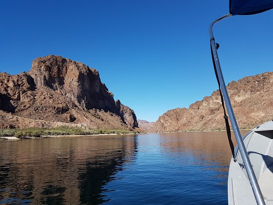 Willow Beach, AZ: Leaving the Marina