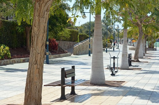 Radisson Blu Resort And Spa - Gran Canaria Mogan : Route to town