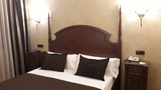 Salles Hotel Ciutat del Prat: IMG-20180306-WA0006_large.jpg
