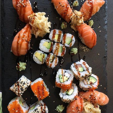 Traunreut, Allemagne : Fantastisches Sushi