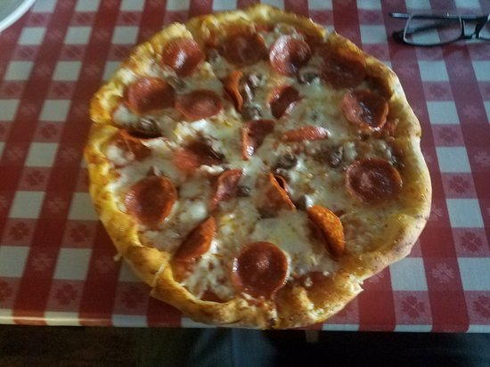 Big Ed's Pizza: 20180305_114908_large.jpg