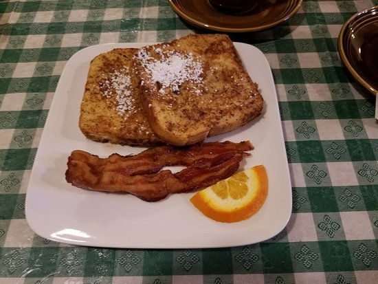 East Greenville, Pensilvanya: Many great breakfast options available!