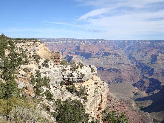 Trailview Overlook