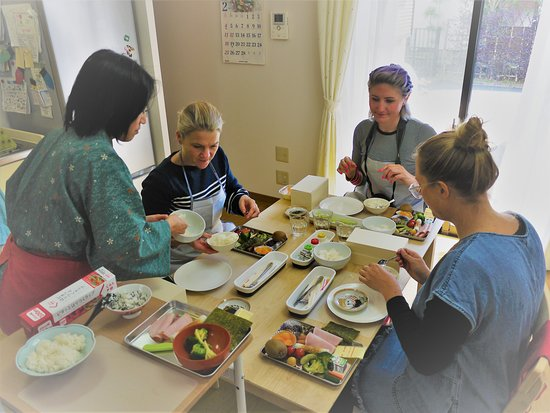 Mitaka, Japan: Enjoy the bento making!