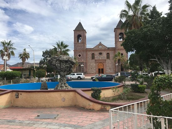 Catedral de La Paz: Catedral (vista desde la plaza de la Constitución)
